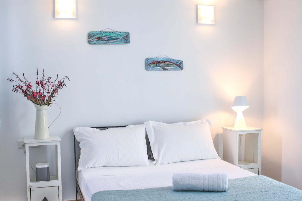 Bedroom-double-bed-2