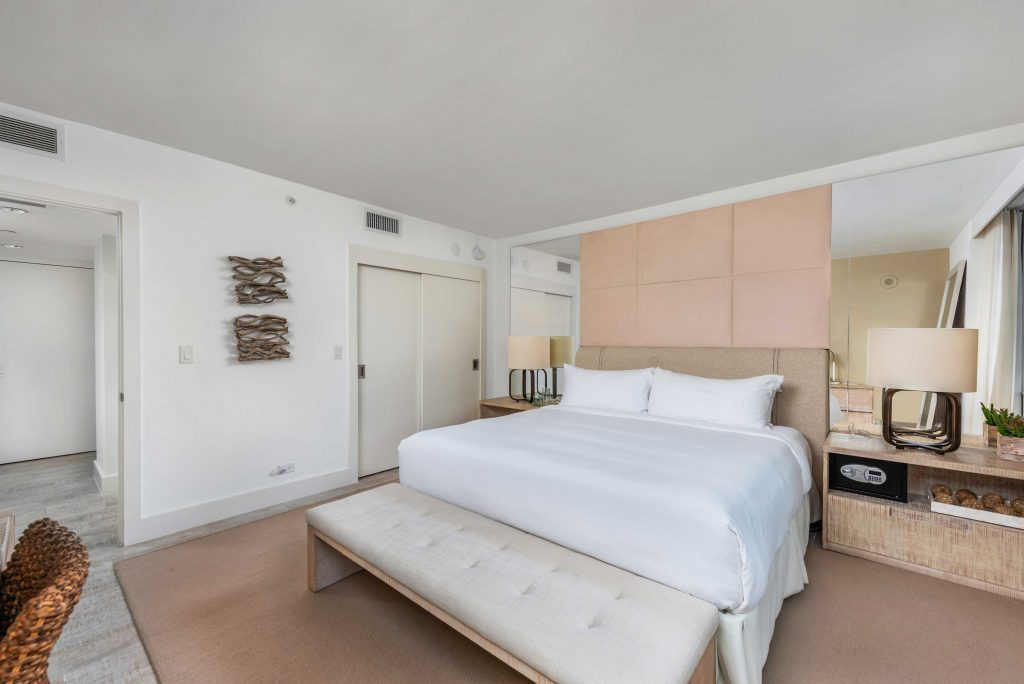 1 hotel-1208