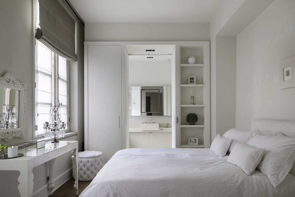 louis apartment