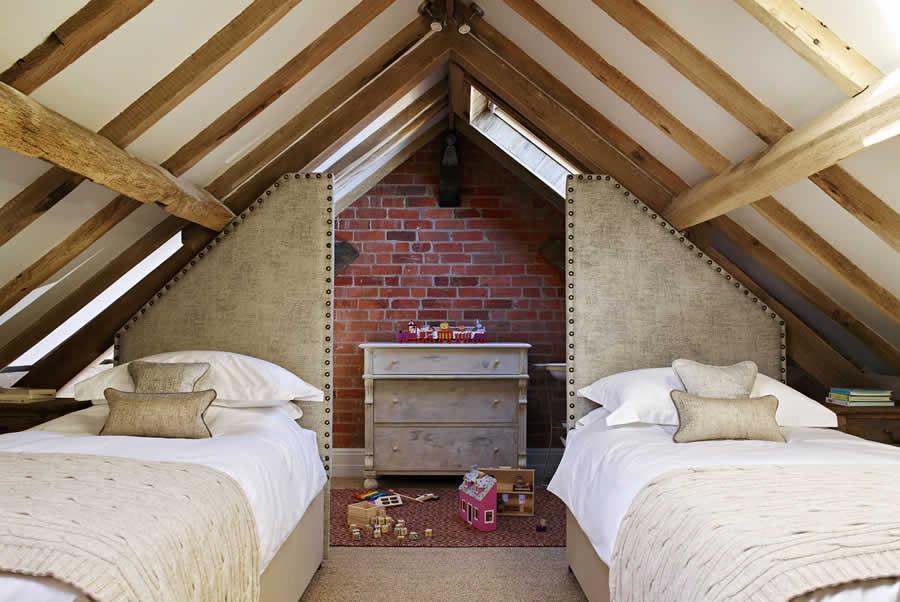 castlemorton barn