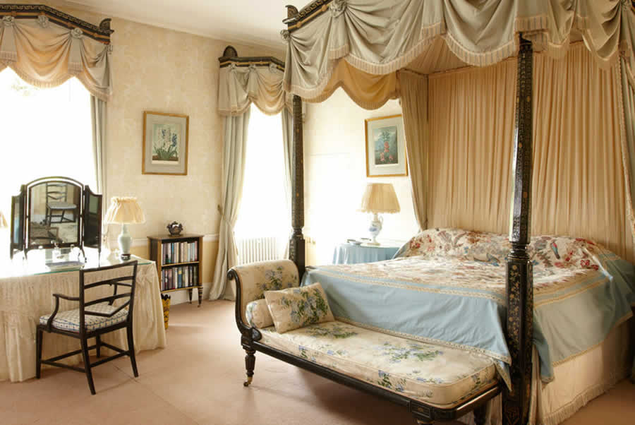 oxfordshire manor double bedroom