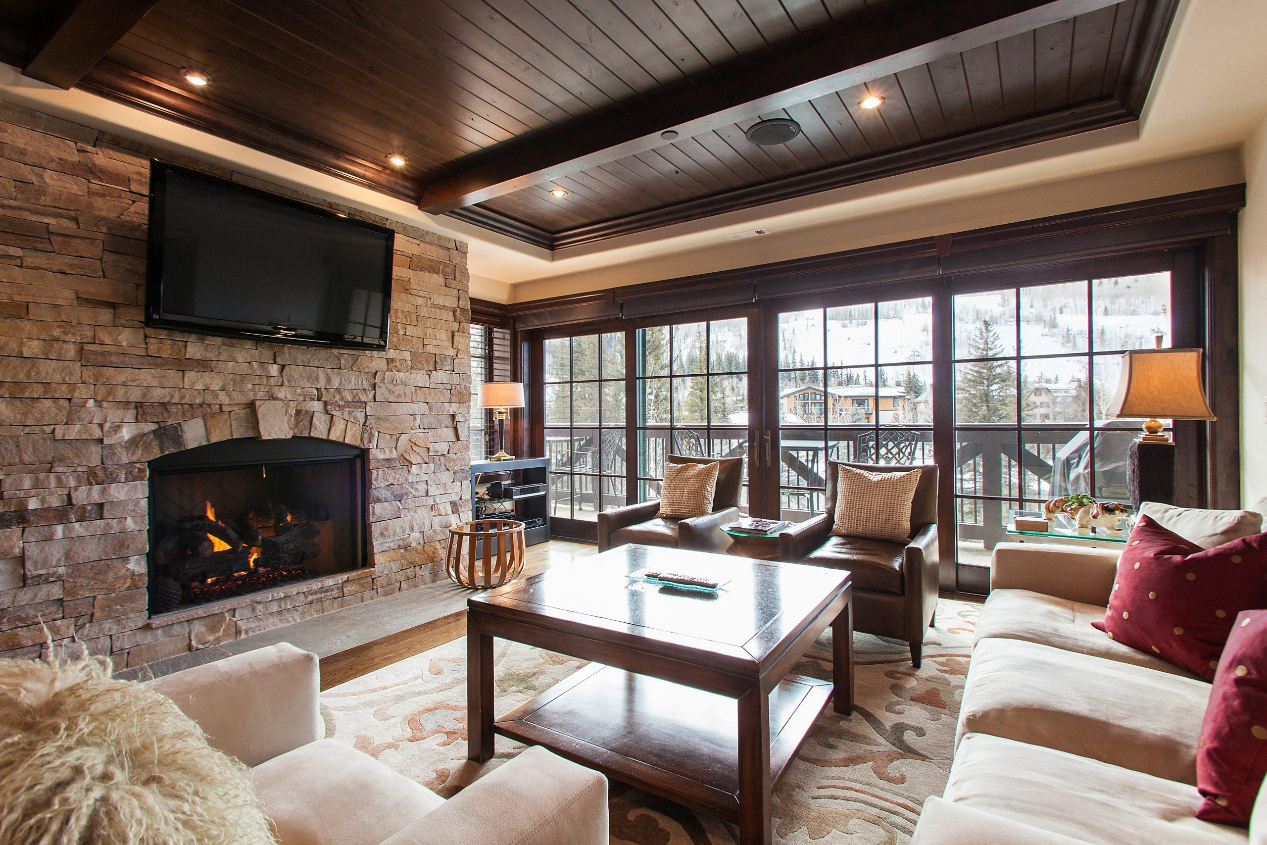 Mountain View Residence 306
